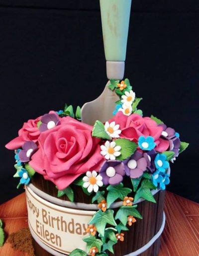 Gardening Barrel Cake.