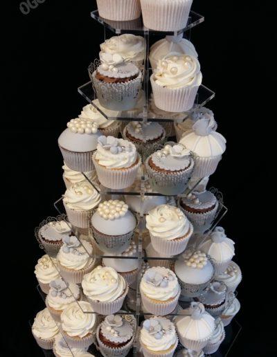 Pearl Wedding Cupcakes