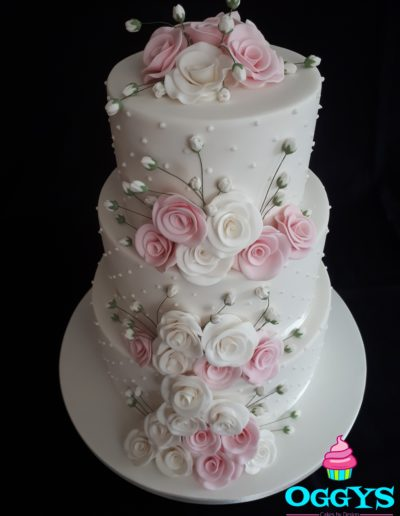 Roses and Angels Breath Wedding Cake