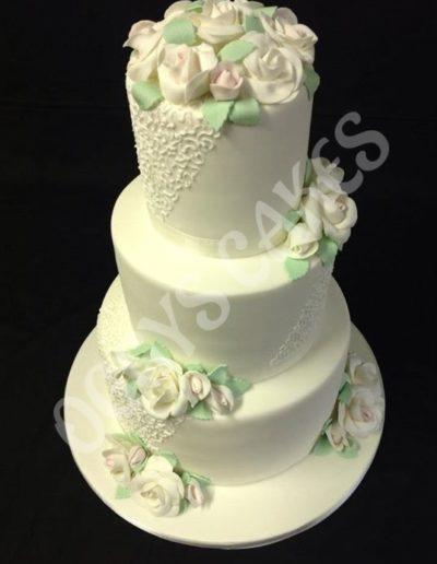 Scribble & Roses Wedding Cake1253264659_n